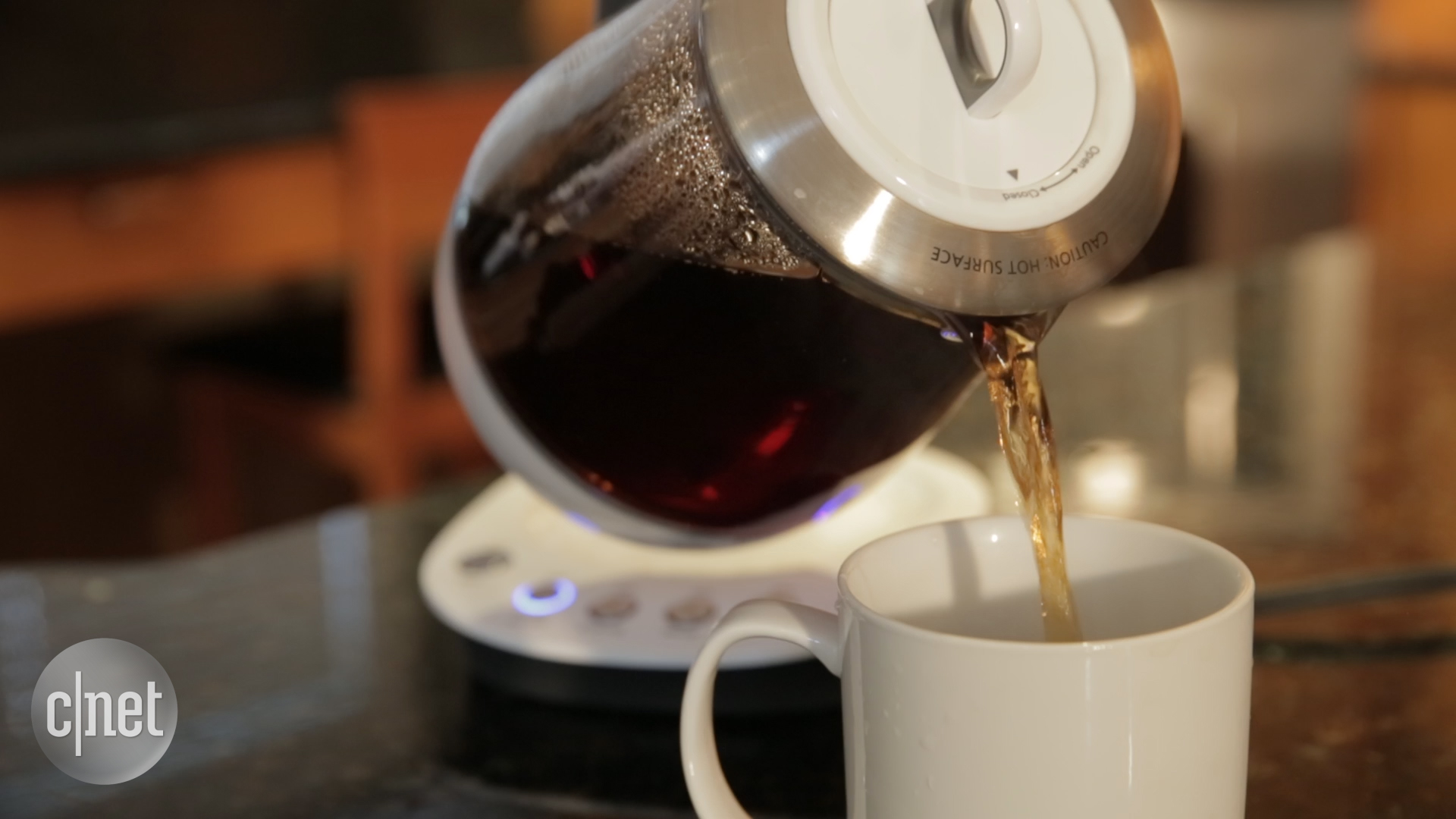 Video: Mr. Coffee's Tea Maker and Kettle treats its leaves differently
