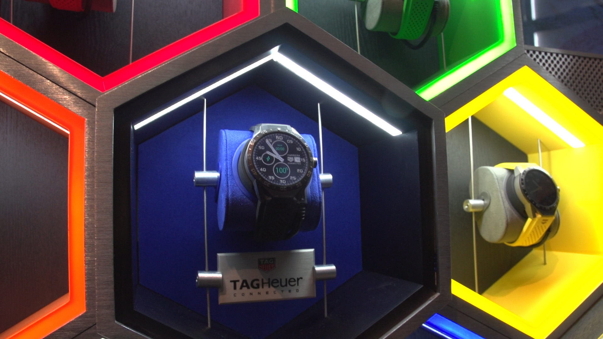 Video: El TAG Heuer Connected inyecta lujo a los 'smartwatches'