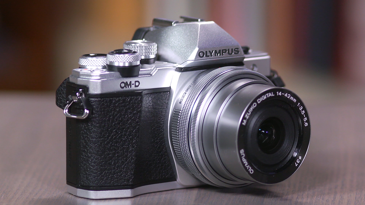 Video: Olympus OM-D E-M10 Mark II: A decent dSLR alternative