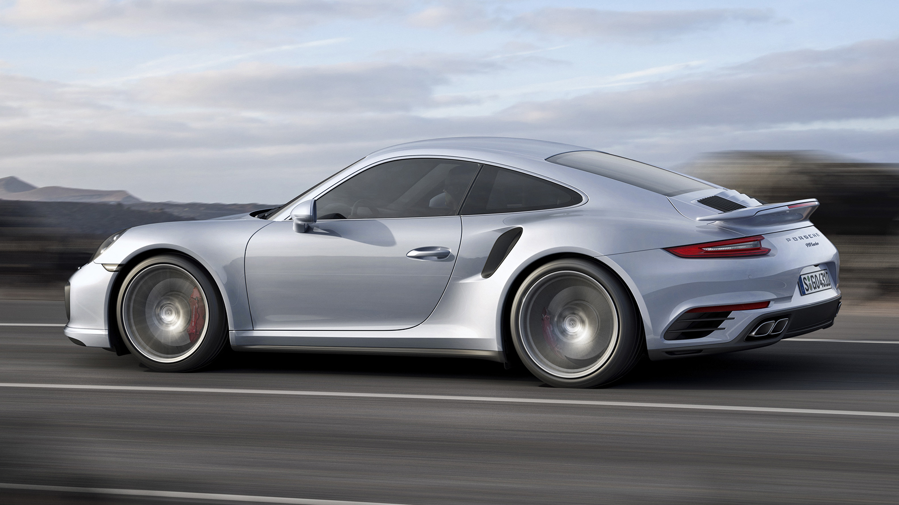 Video: First look at the 2017 Porsche 911 Turbo
