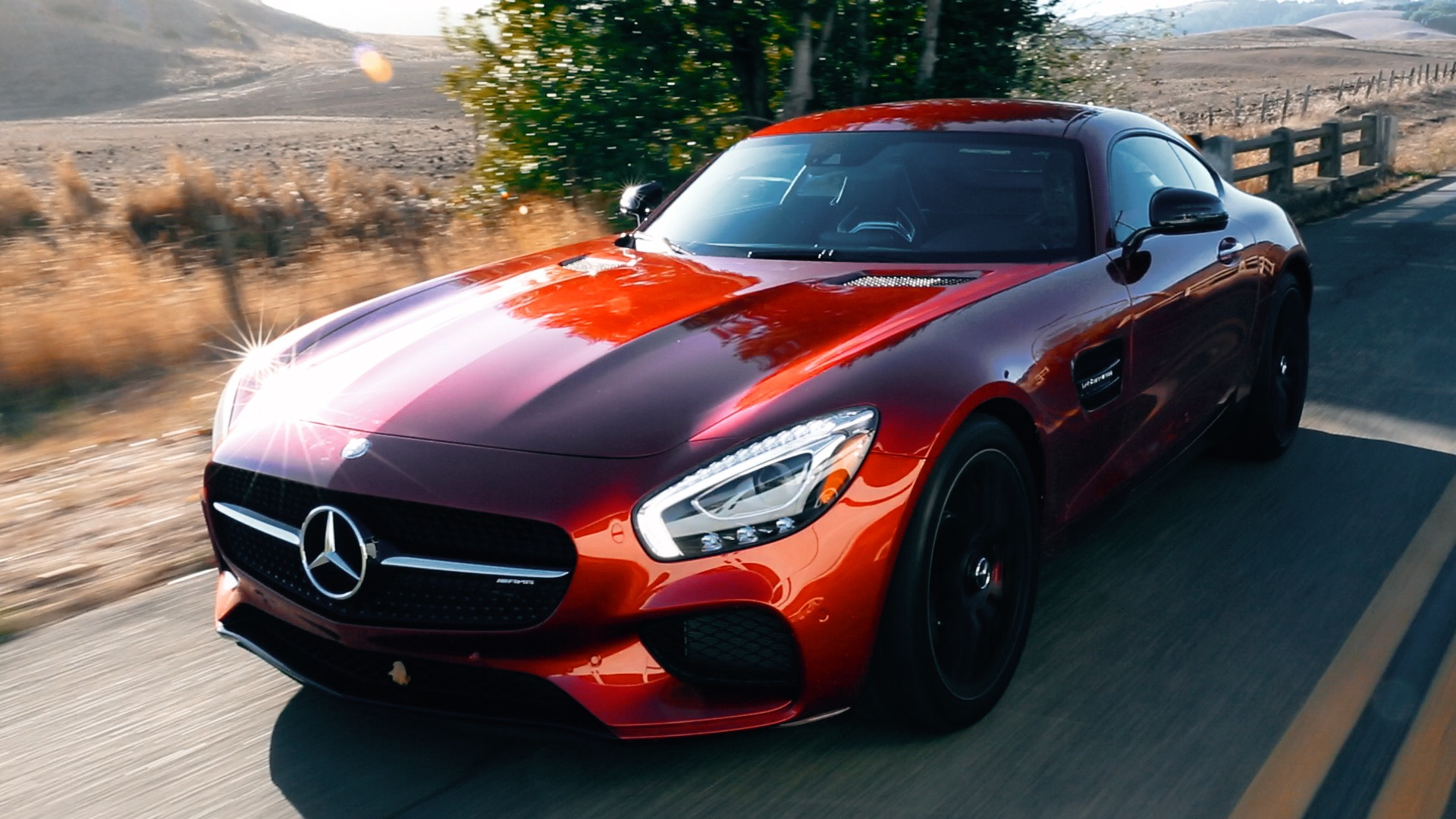 Video: Dramatic and dynamic: Mercedes-AMG GT S