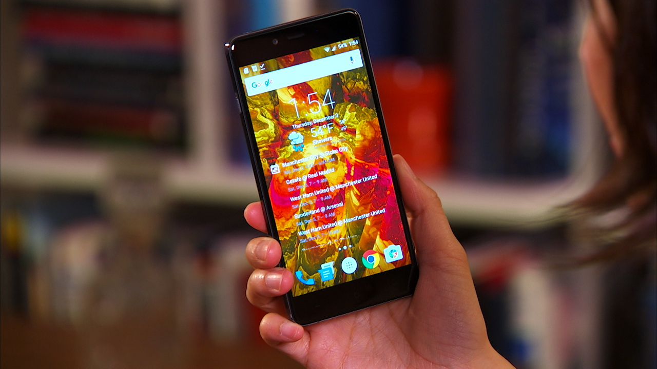 Video: The wallet-friendly and elegant OnePlus X