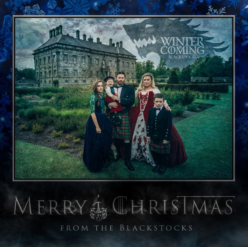 Kelly Clarkson's 'Game Of Thrones'-themed Christmas Card Is Everything
