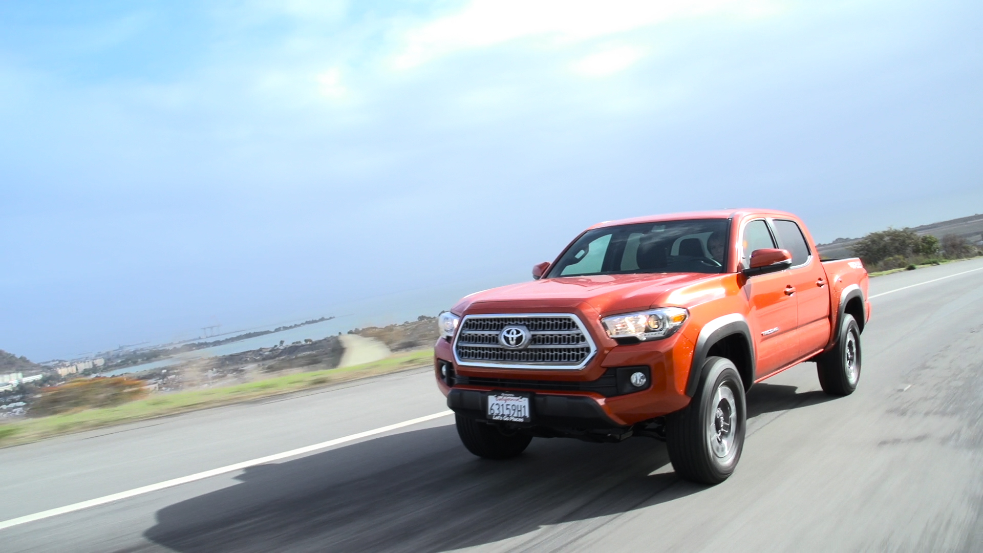 Video: The 2016 Toyota Tacoma TRD 4x4: Pavement is a necessary evil