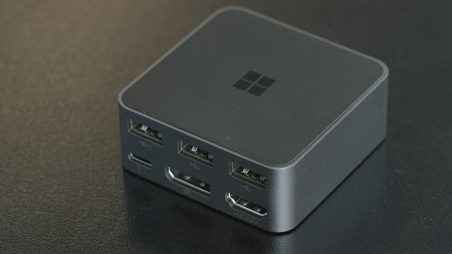 Video: Microsoft's Display Dock lets you get the most out of Continuum