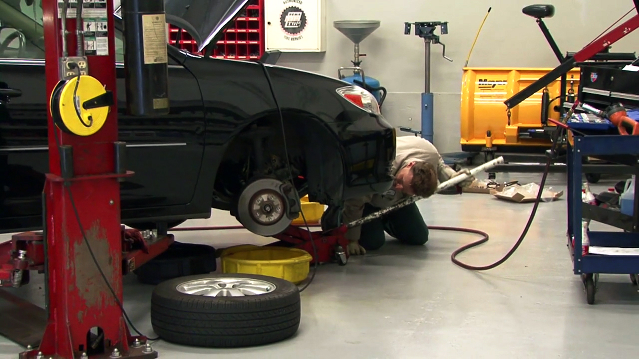 Video: Car Tech 101: What you need to know about modifying your car