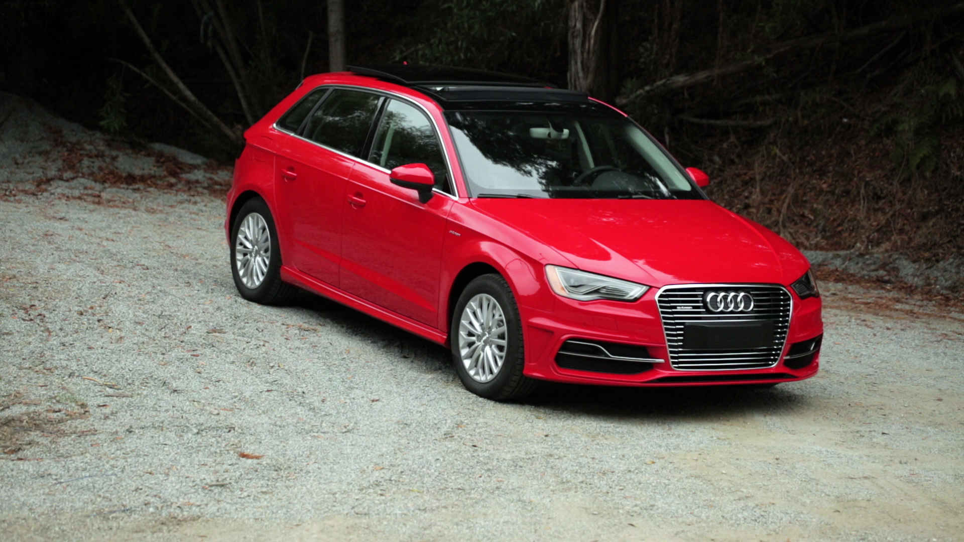 Video: On the road: 2016 Audi A3 e-tron