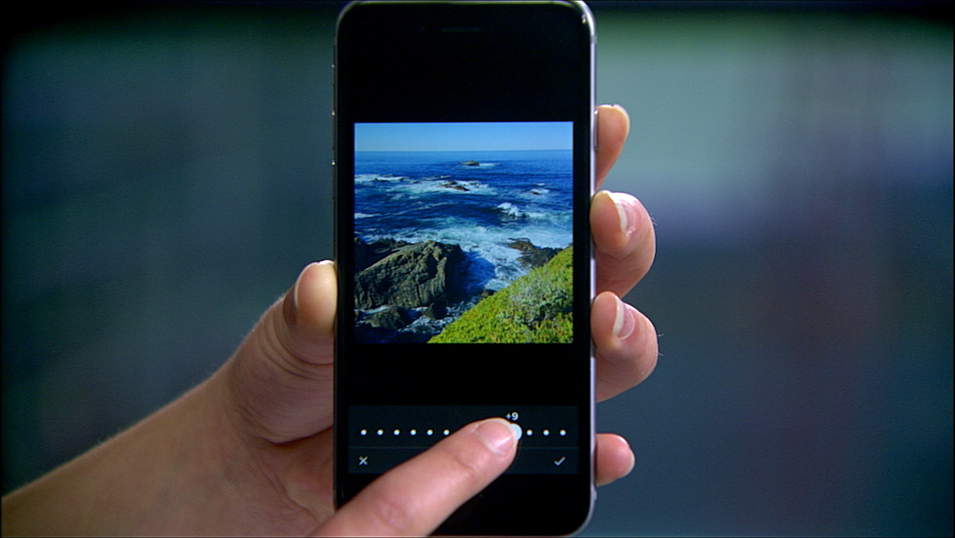 Video: Make your smartphone photos pop