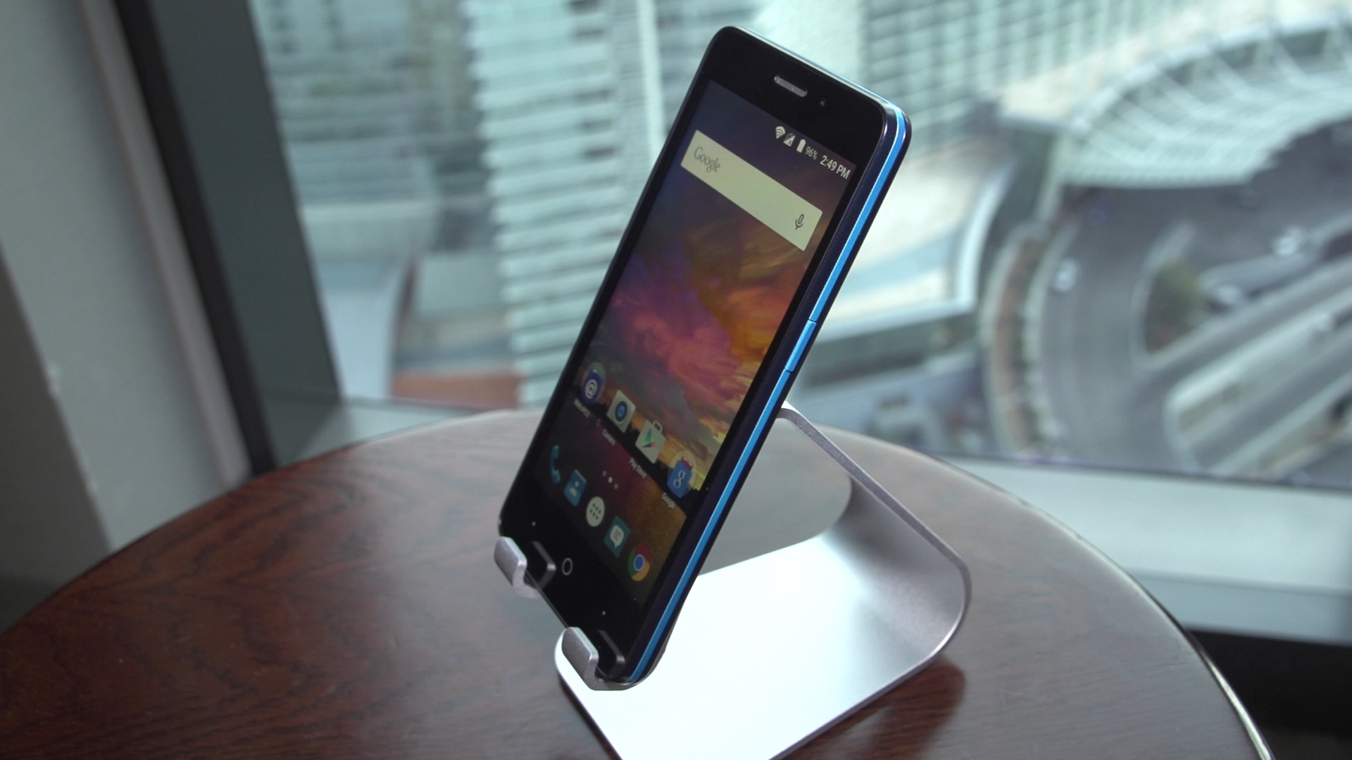 Video: T-Mobile and ZTE unveil 5-inch Avid Plus at CES 2016