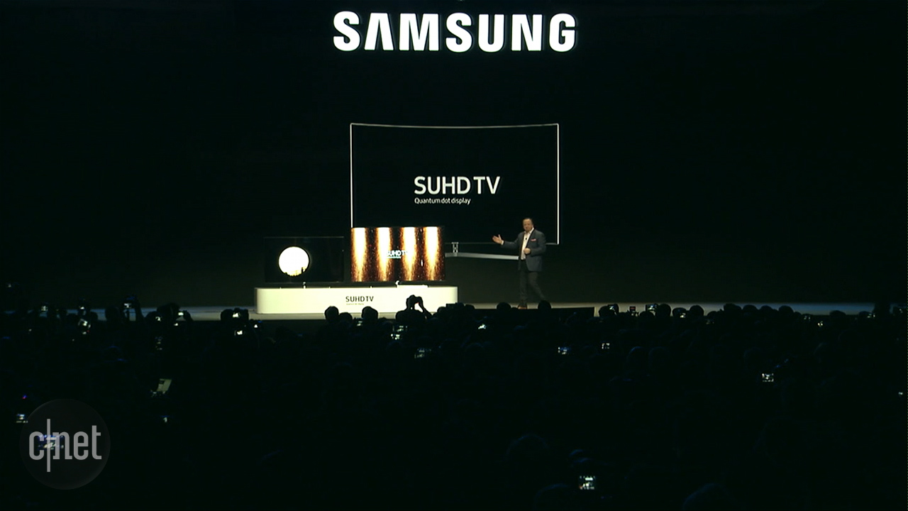 Video: Samsung shows off latest curved screen, ultra-HD TV