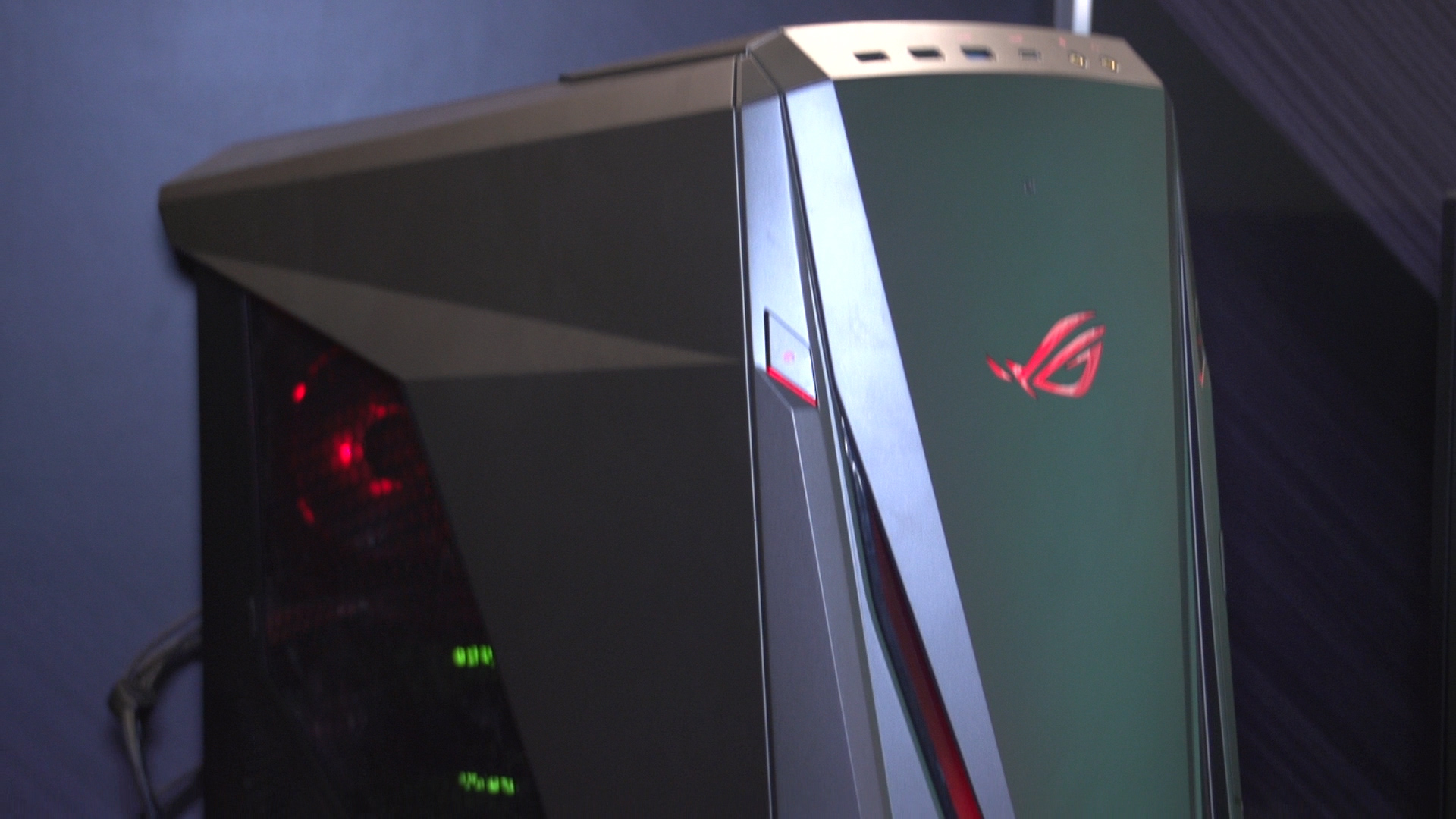 Video: A massive gaming desktop that's a vault for your secrets
