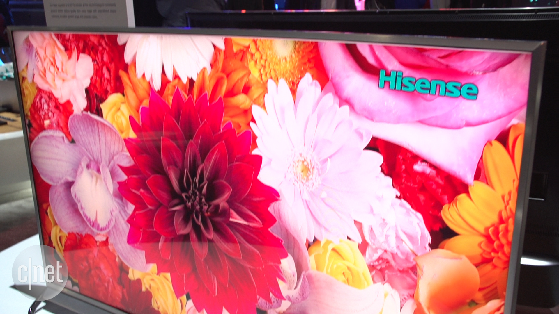 Video: Hisense brightens high-end, curved ULED TV