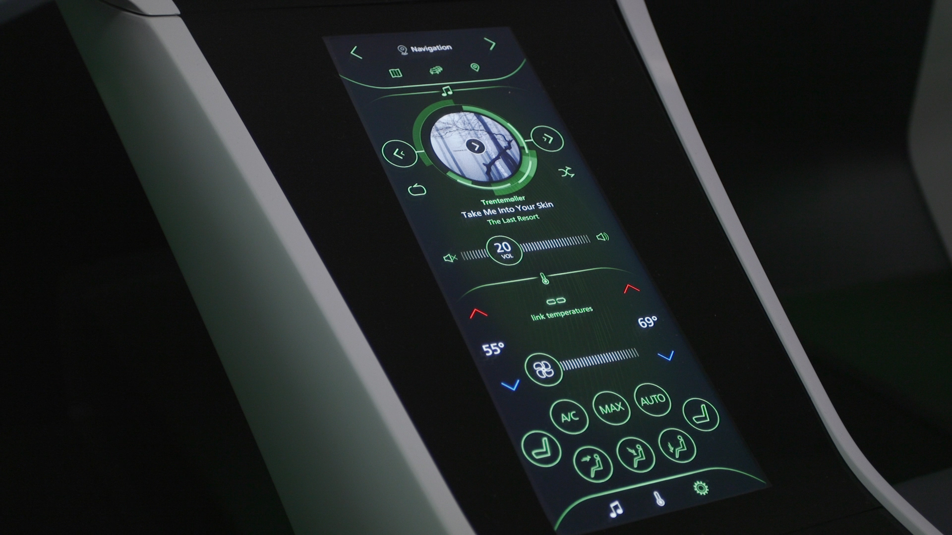 Video: Bosch showcases connectivity, personalization in new driving technology