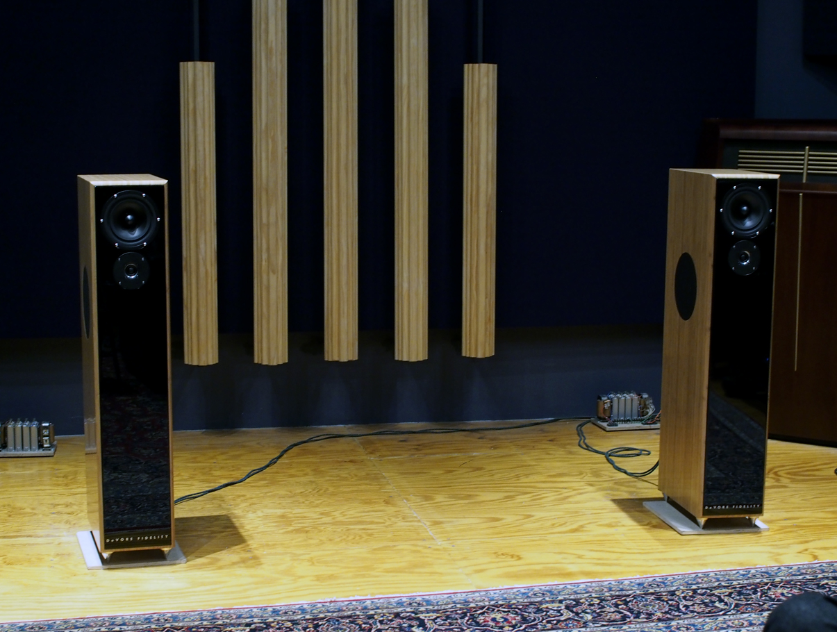 <p>Listening to DeVore Fidelity speakers at the In Living Stereo store in NYC></p>