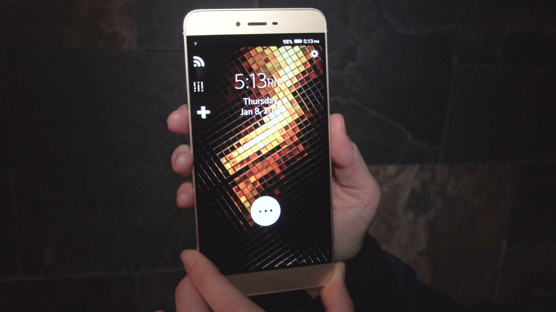 Video: Blu's first metal phone is fun and cheap