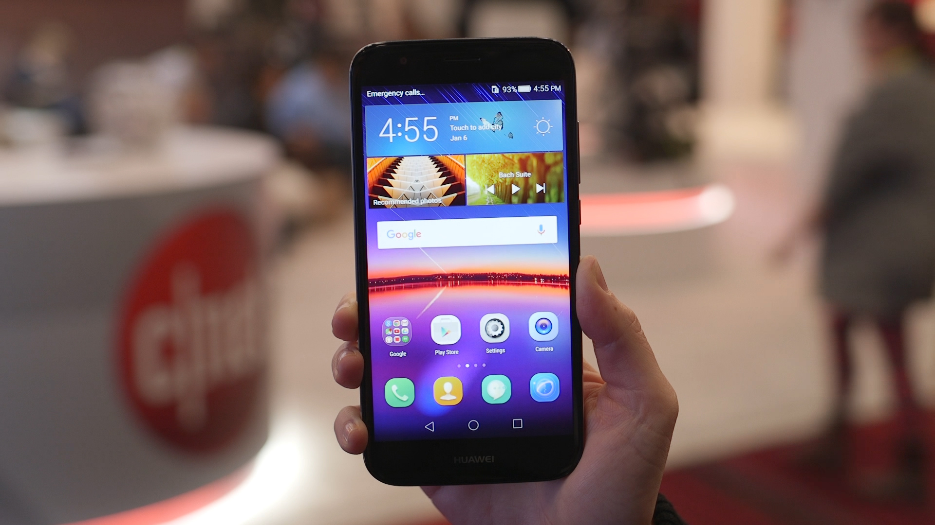 Video: An affordable phone that looks better than budget