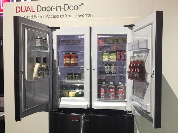 LG Dual Door-in-Door Four-Door Refrigerator