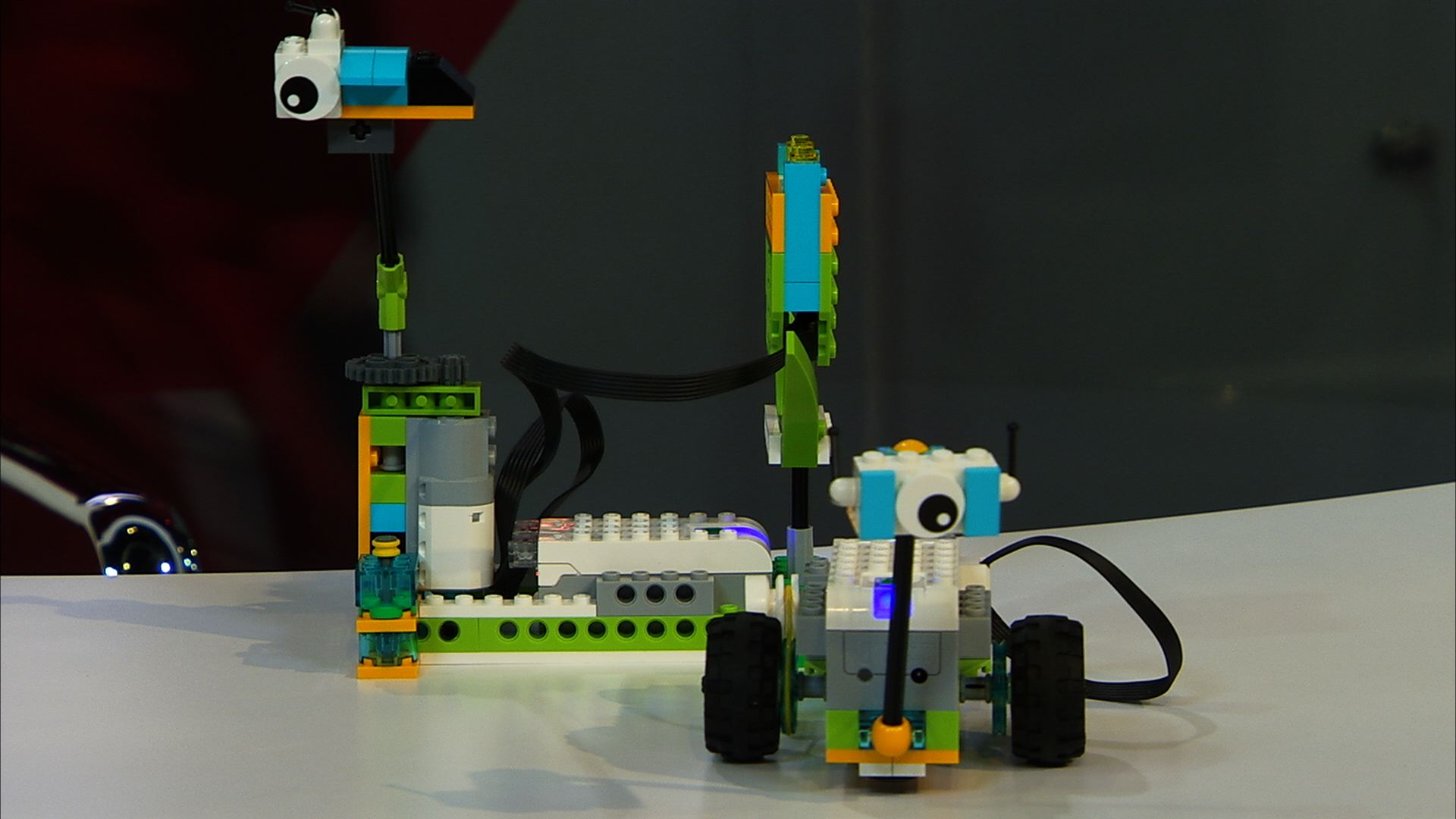 Video: Lego robots scoot into the classroom