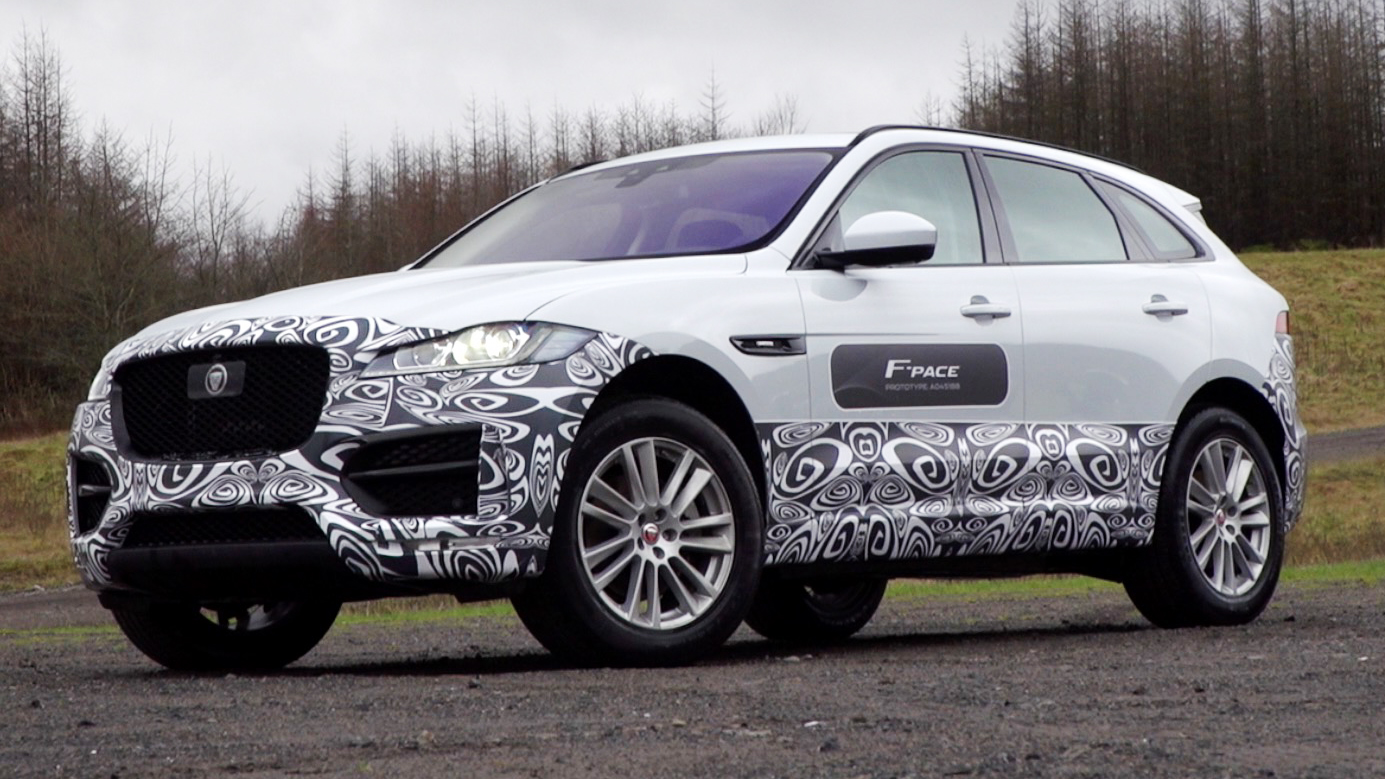 Video: Jaguar F-Pace SUV likes to get its paws dirty