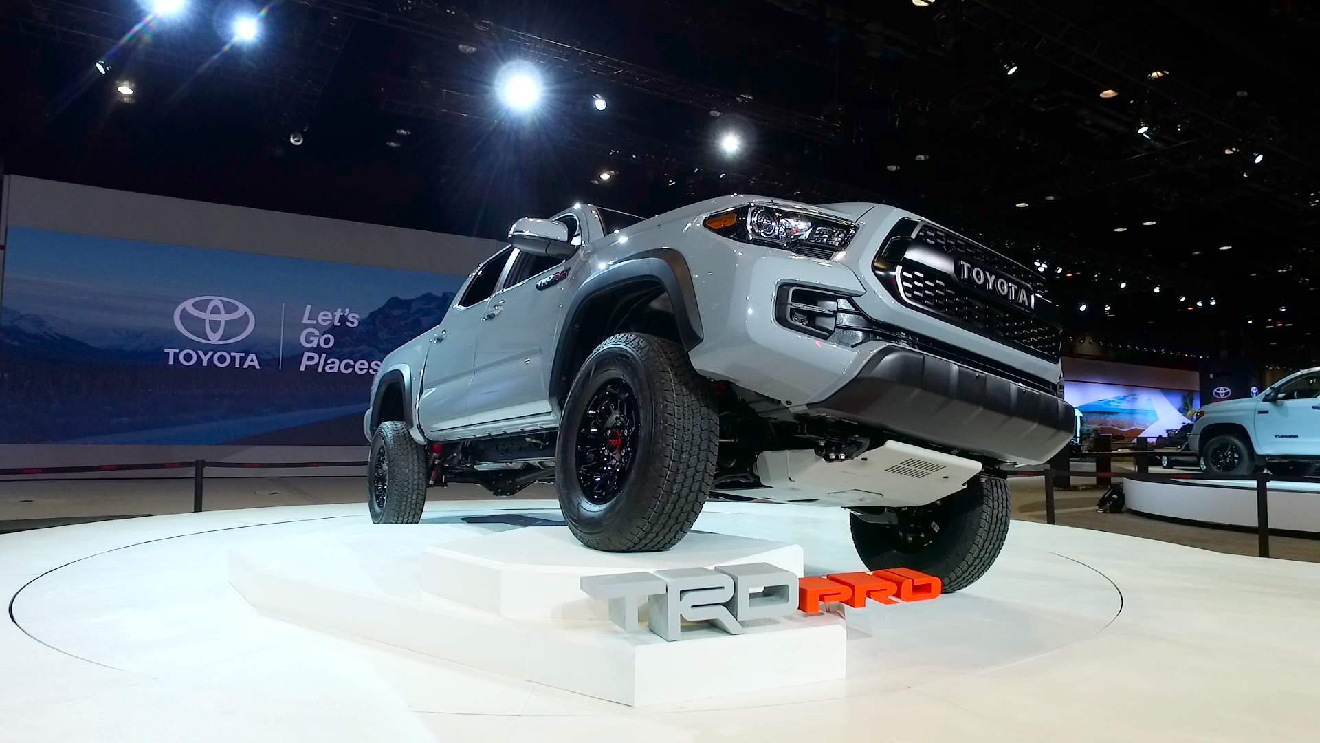 Video: Toyota Tacoma TRD Pro is ready to get down and dirty off-road