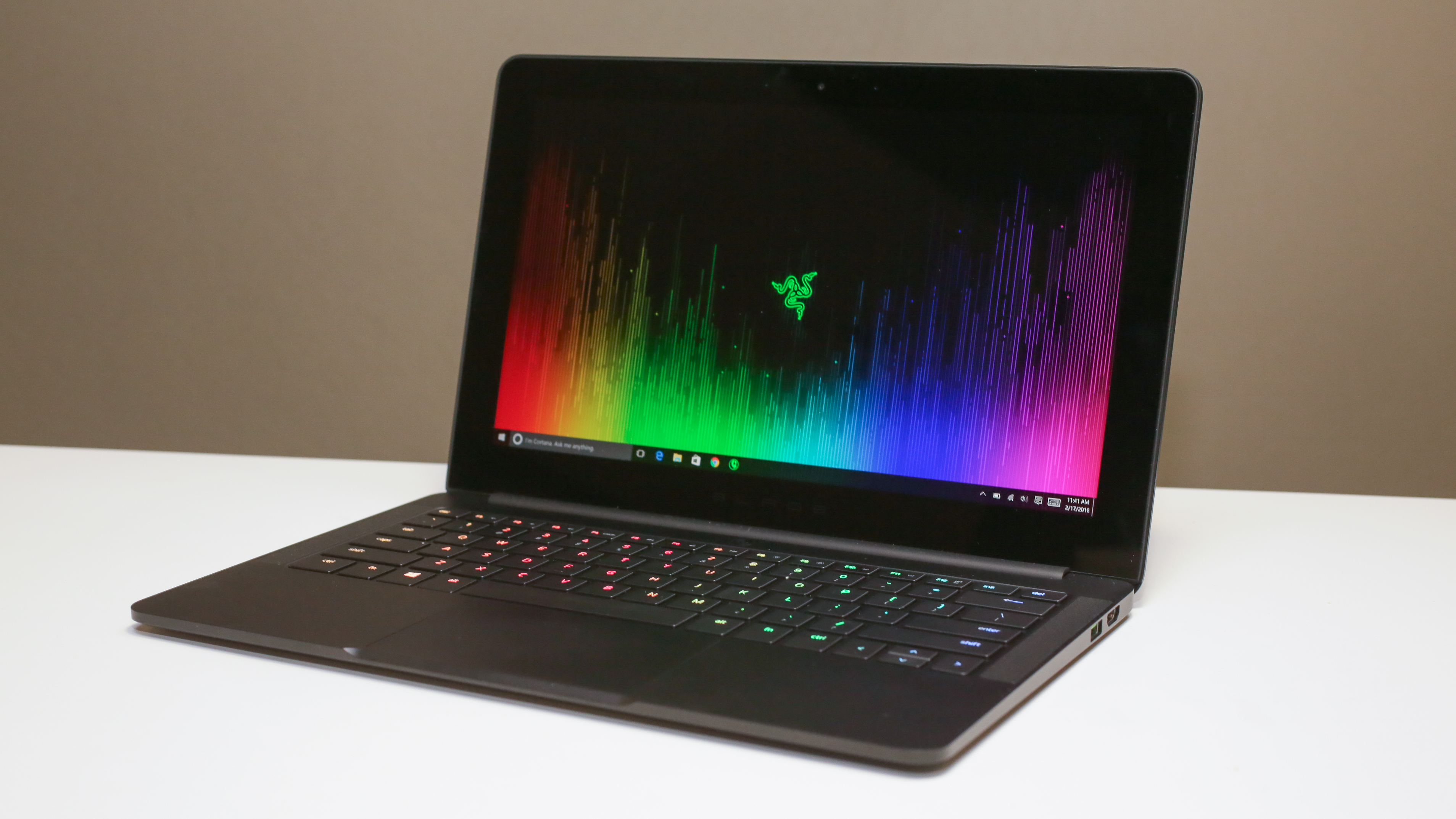 Razer Blade Stealth review: This slick new laptop will make your MacBook Air jealous