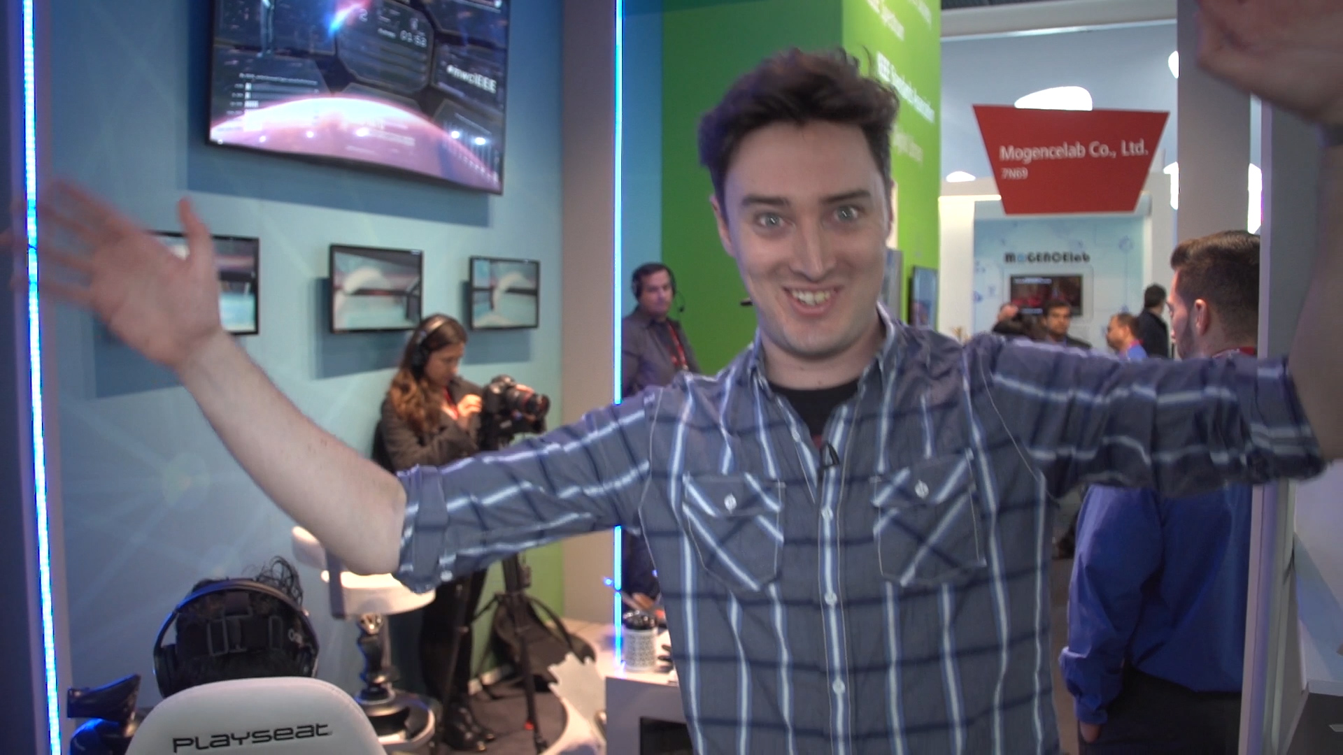 Video: CNET makes its own fun at MWC