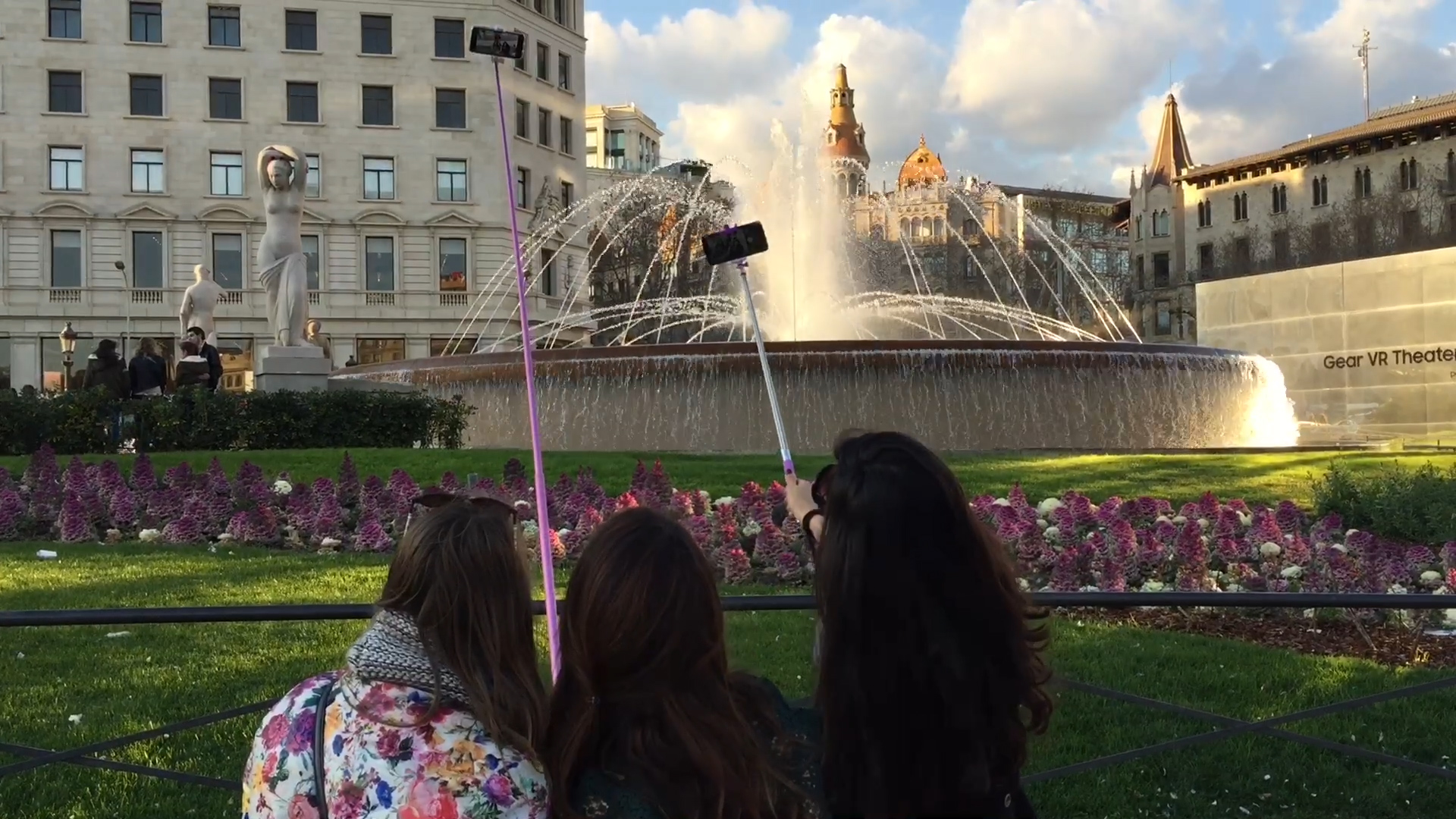 Video: We put the ultimate selfie stick to the test