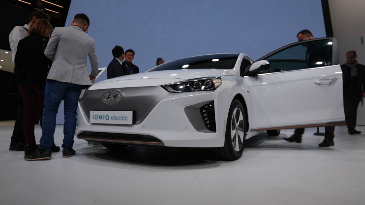 Video: Hyundai Ioniq: Enough to become iconic? (CNET On Cars, Episode 85)