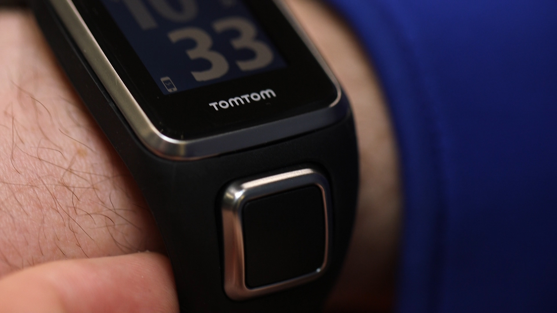Video: Golf-centric smartwatch from TomTom tracks your swings