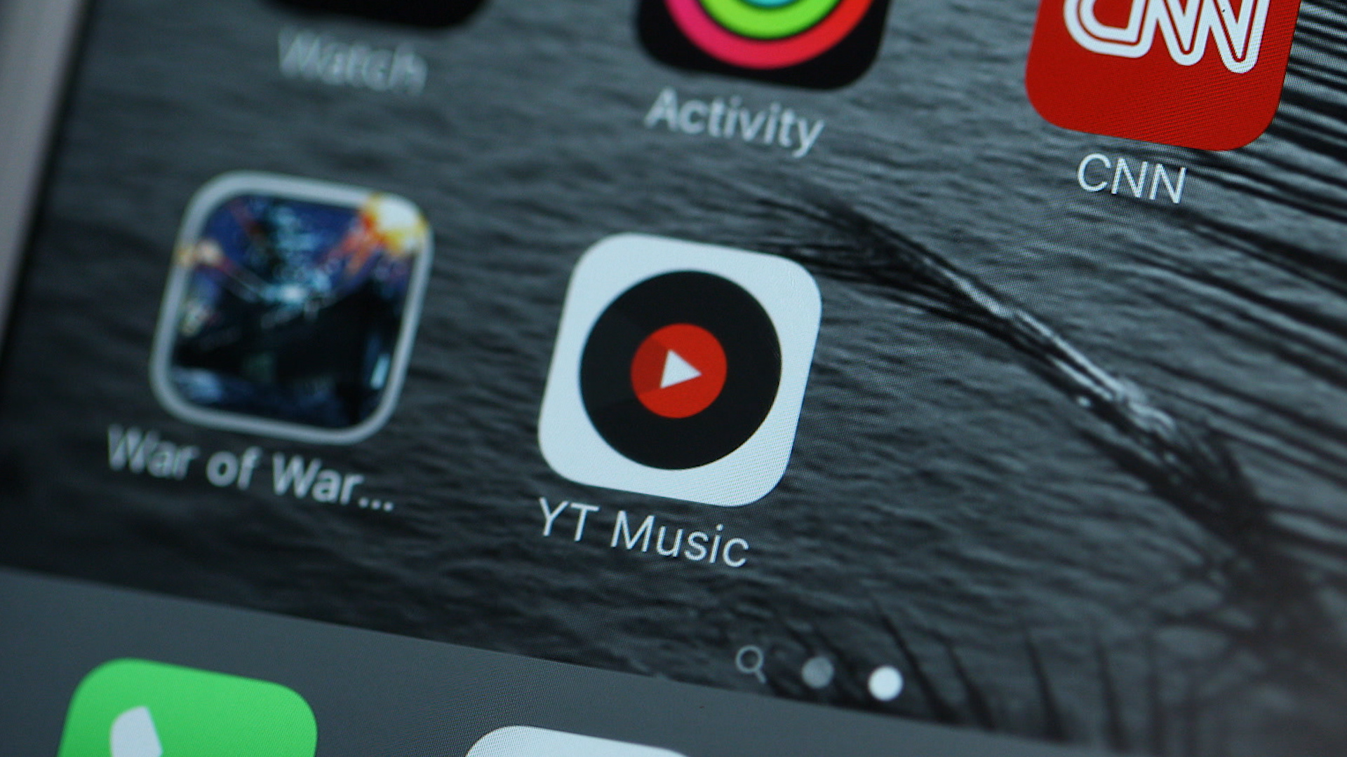 Video: Prevent YouTube music from killing your data plan