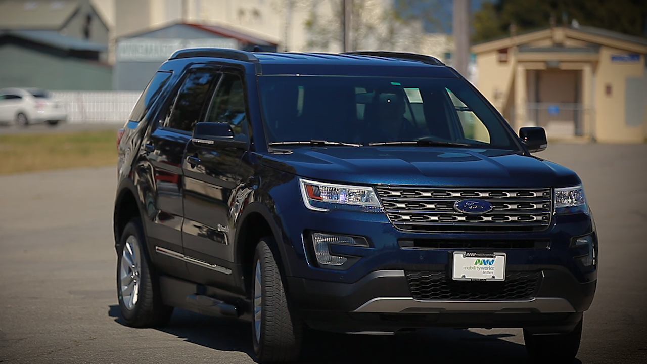 Video: BraunAbility MXV: Accessibility done CNET style (CNET On Cars, Episode 87)