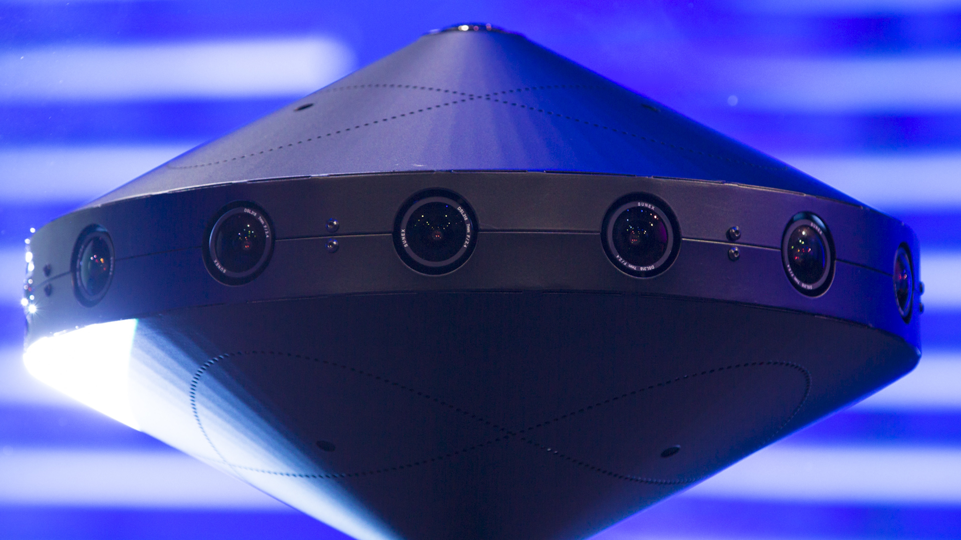 Video: Facebook Surround 360 camera shoots 8K video