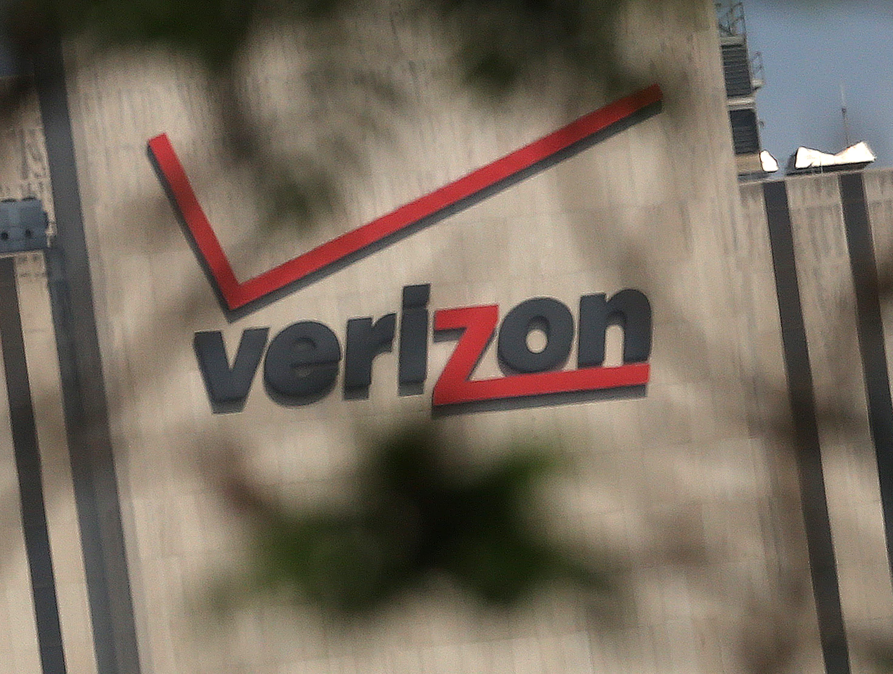Verizon strike will mean longer waits, more headaches