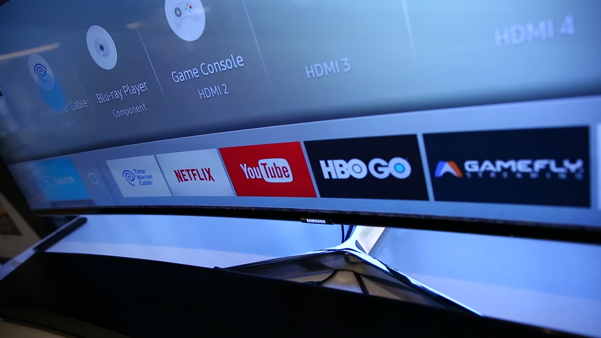 Samsung's smart TVs control your gear, from cable box to thermostat