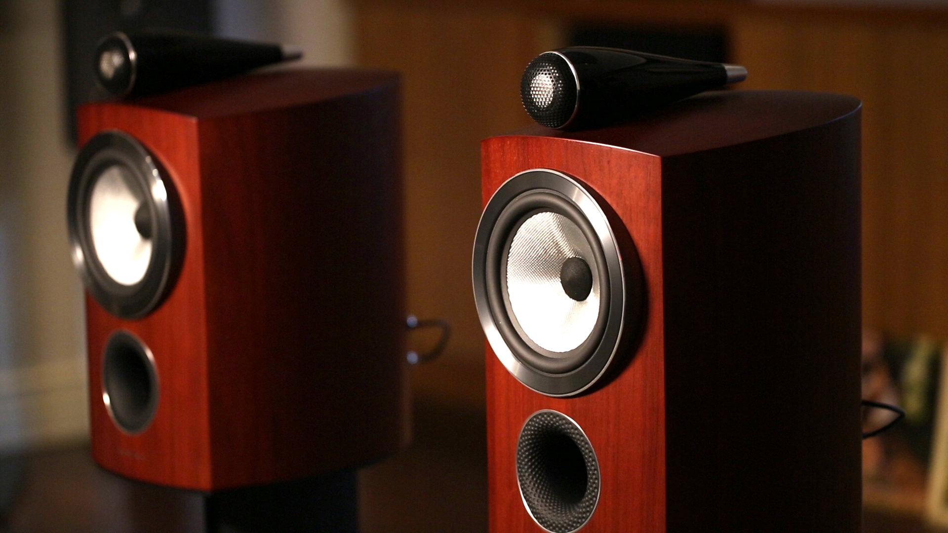 Video: Bowers and Wilkins' new diamond speakers reach for the sky