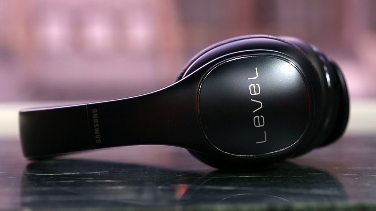 Video: Samsung Level On Pro: Samsung's on-ear wireless Bluetooth headphone levels up