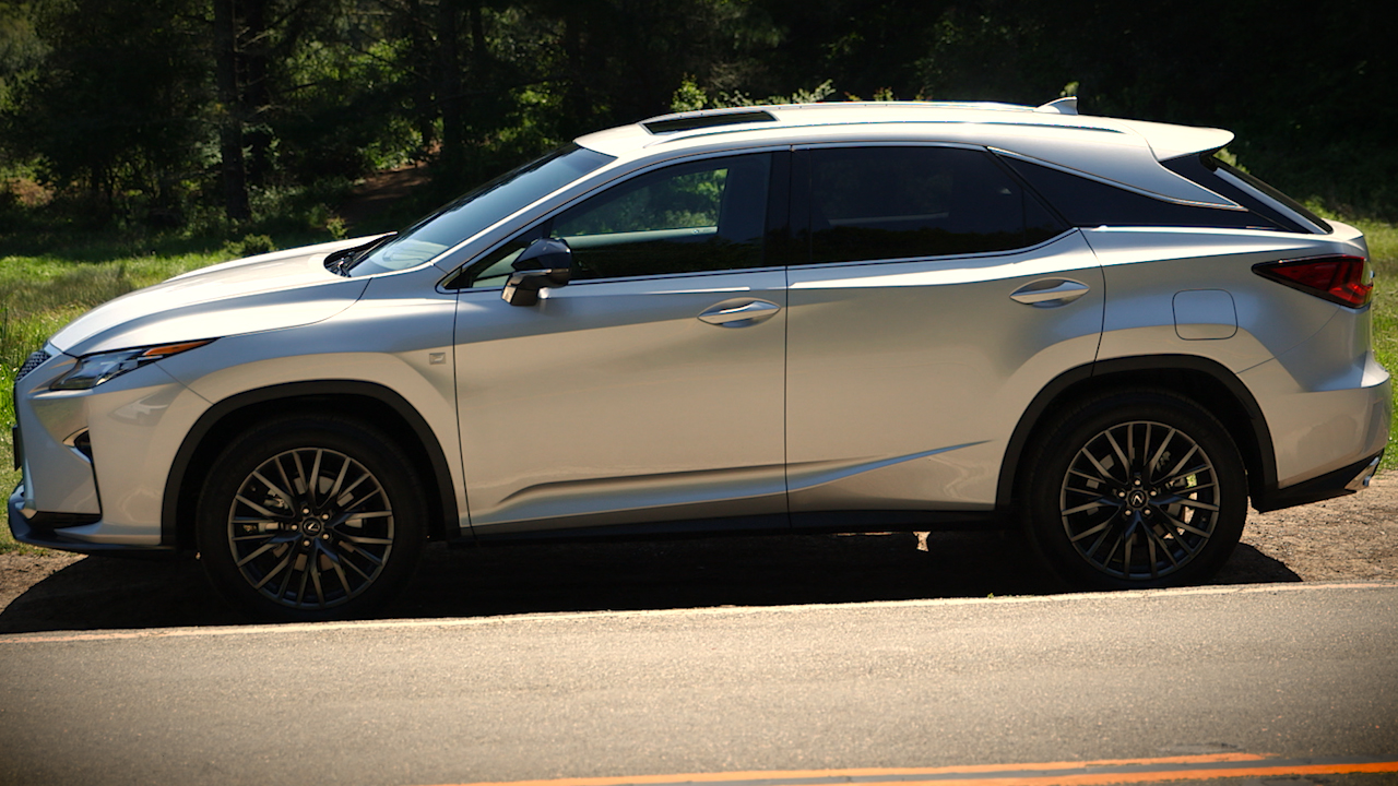 Video: New Lexus RX: Prescription for continued dominance? (CNET On Cars, Episode 89)