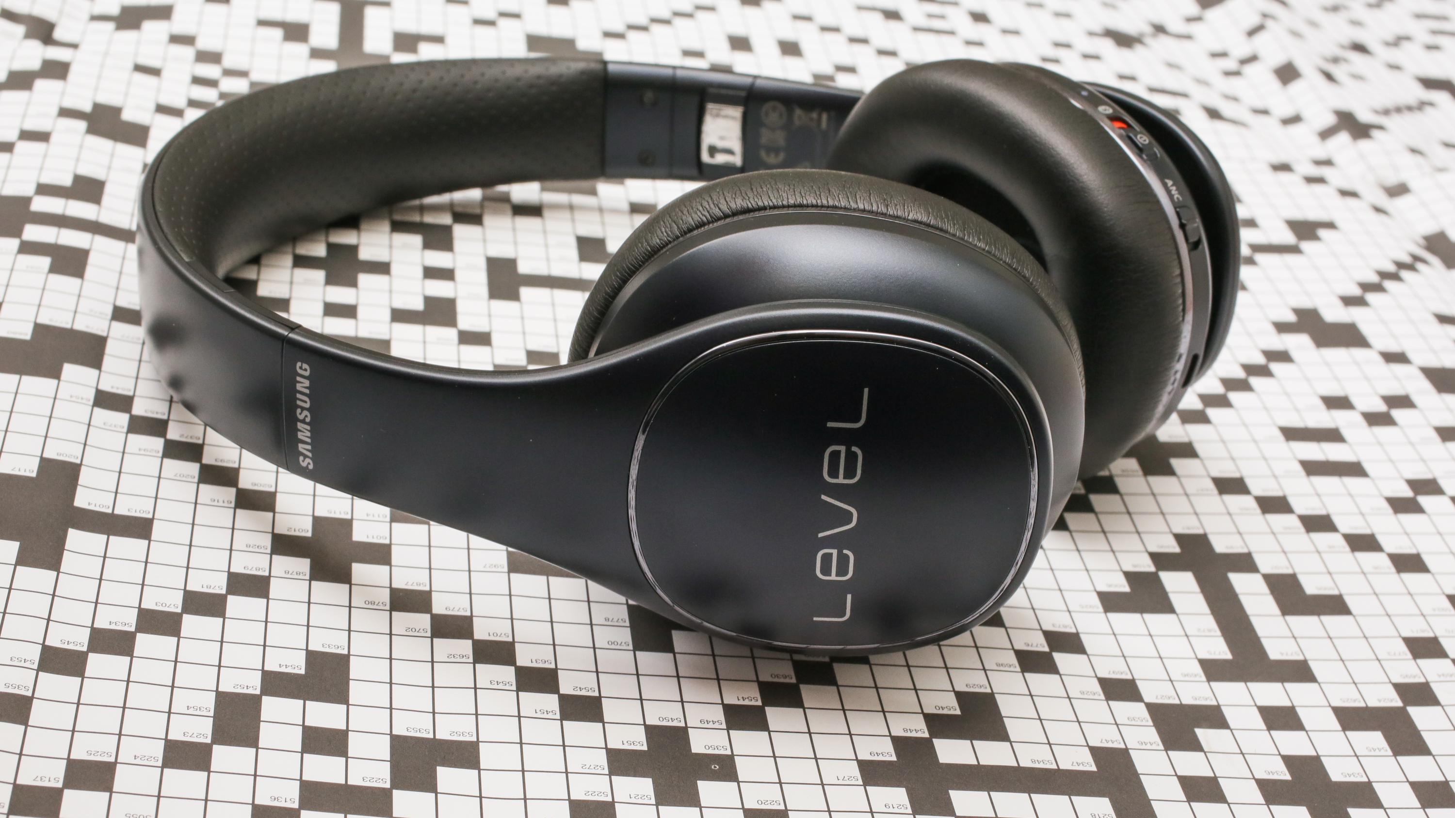 Wireless Level Ons are Samsung's latest answer to Beats