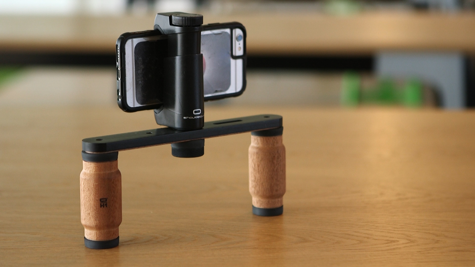 Video: Improve your phone video with the Shoulderpod R1 Pro