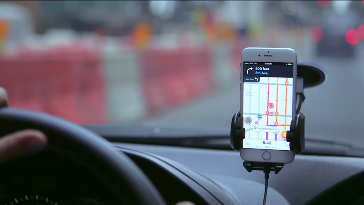 Video: Google merges into Uber's lane with Waze Carpool
