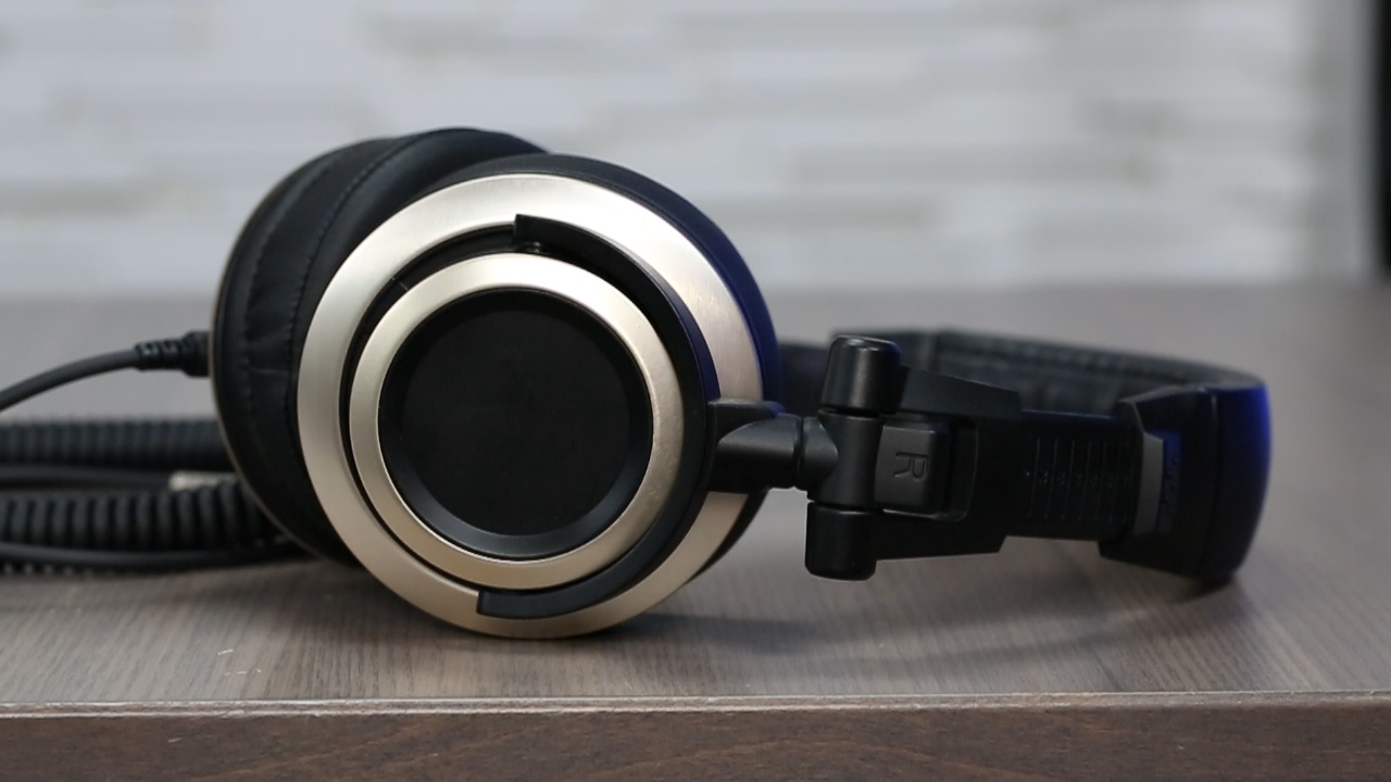 Video: The Status Audio CB-1 headphones are no flash, all sound