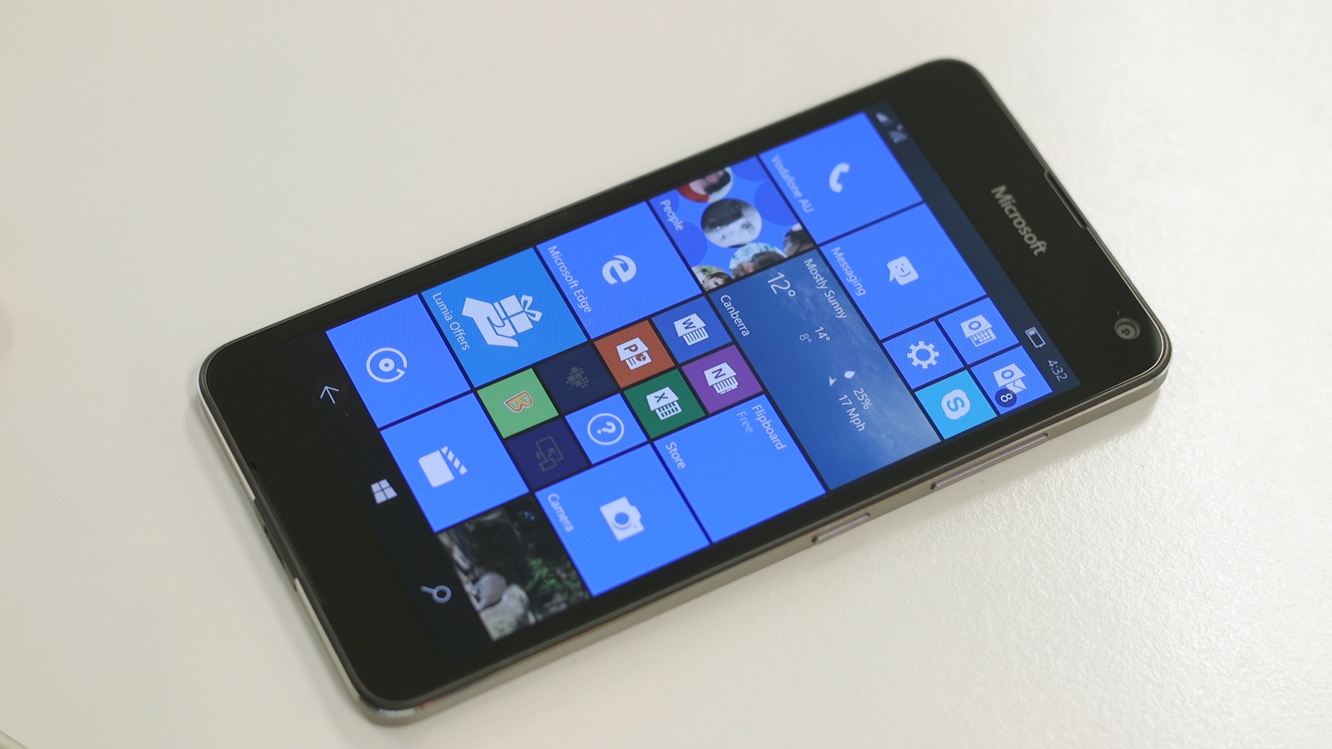 Video: Microsoft's Lumia 650 has good looks at a low price