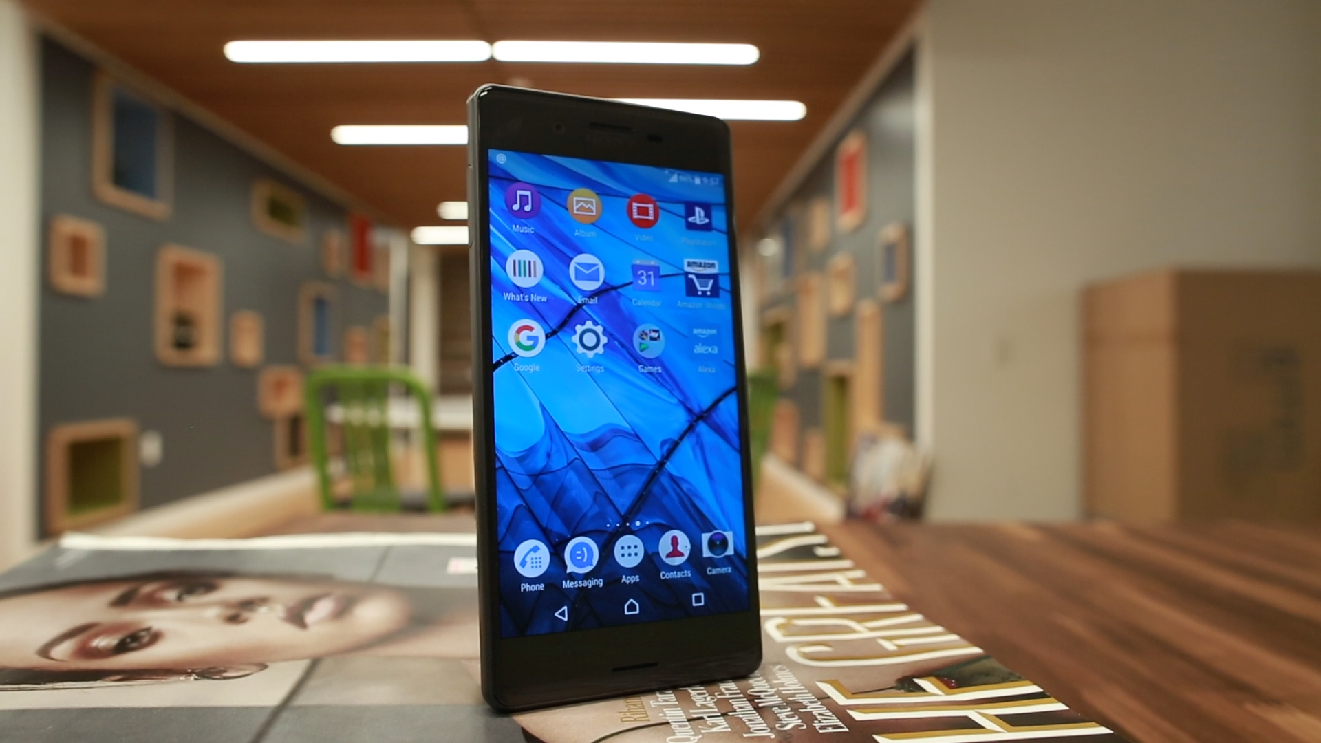 Video: Sony Xperia X phone is boxy, but nice