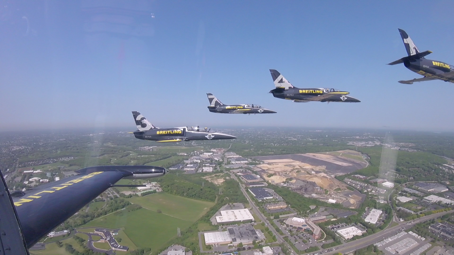 Video: Flying in formation: What it takes