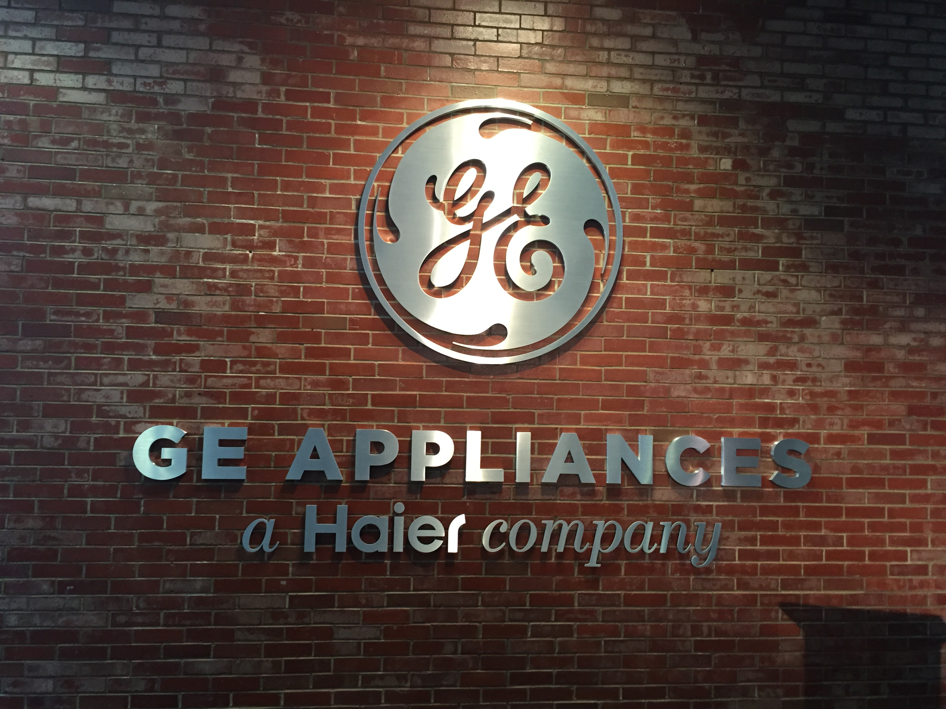 It S Official Ge Appliances Belongs To Haier Cnet