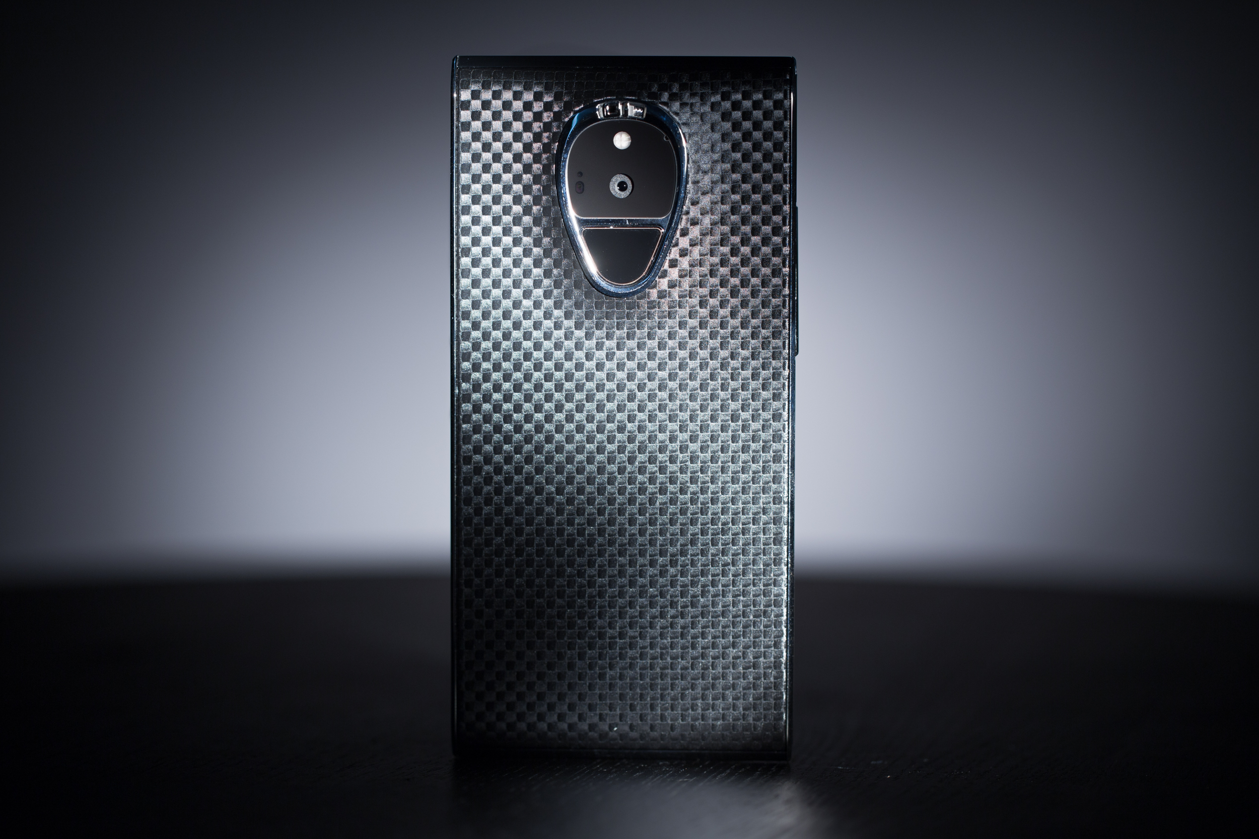 Video: Up close with the $16,000 luxury Solarin phone