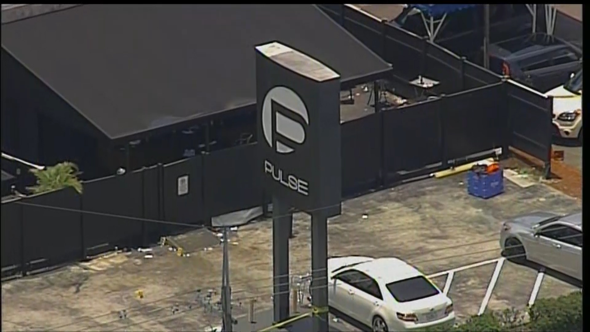 Video: Facebook accounts of Orlando gunman under investigation