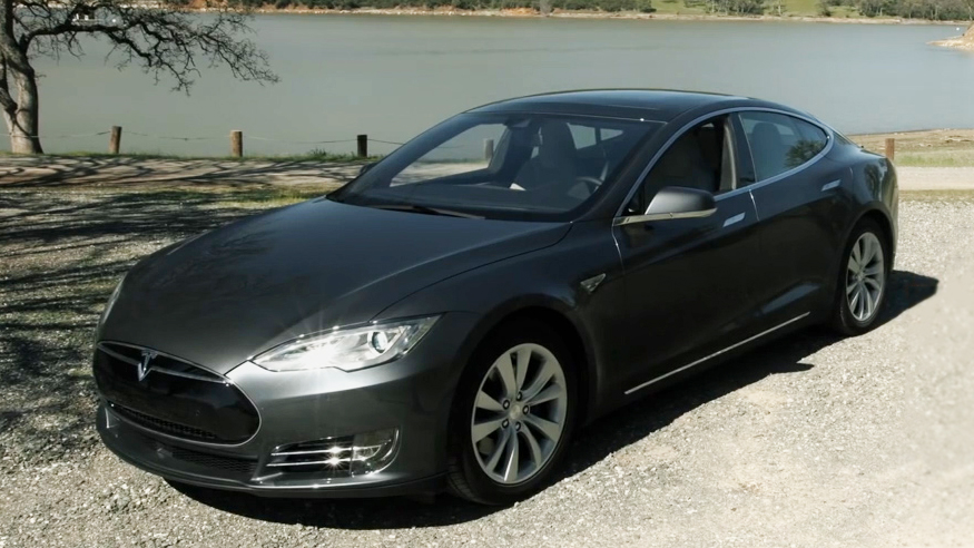 Video: Tesla Model S can be a boat, Elon Musk says