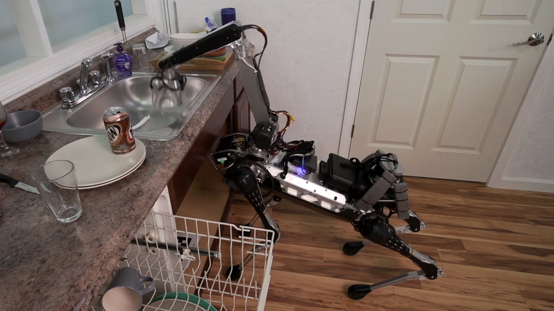 Video: Creepiest moments in Boston Dynamics' new robotic dog video