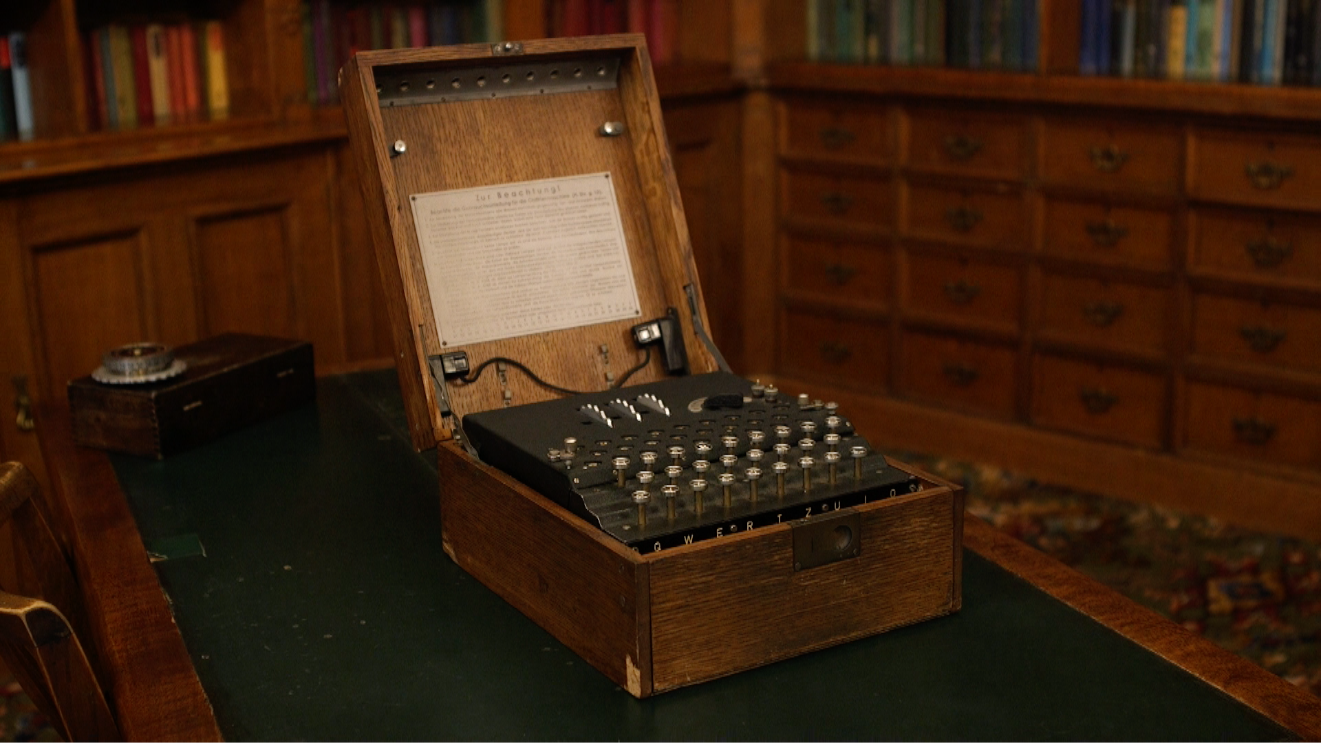 Video: How a Nazi Enigma machine works (and how to break its code)